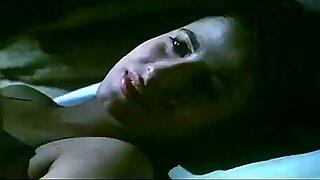 Monella sex scen