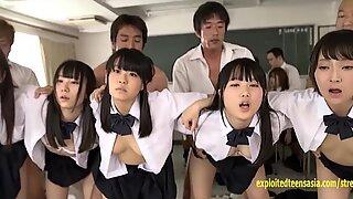 Jav schoolgirl سكس جماعي مارس الجنس إصبع squirted in the classroom a dozen ظريف مراهقات outrageous