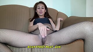 flesh cock-squeezing Thai stretch pants Demands Ass Fucking