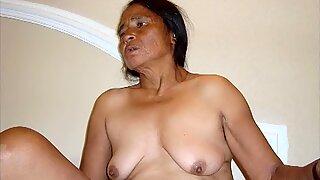 IloveGranny fotky odhalující sex aktivní babičky