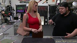 Rus milf (orta yaşli kadin) anal büyük göğüsler