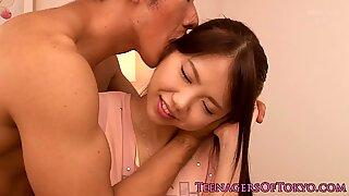 Вешто цасанова убедила је наивни Јапански тинејџер у слани секс.