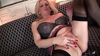 Mature mom first masturbating video