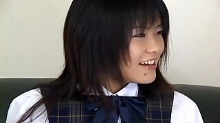 Tsumiki shindo ottiene un dildo anale