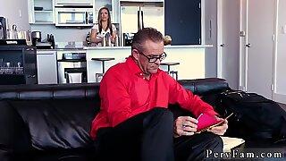 Balıketli milf (orta yaşli kadin) oral seks